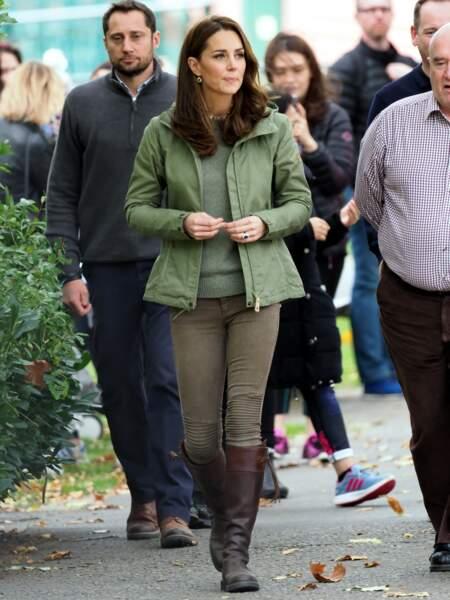 Kate Middleton ultra naturelle pour son retour de congé maternité