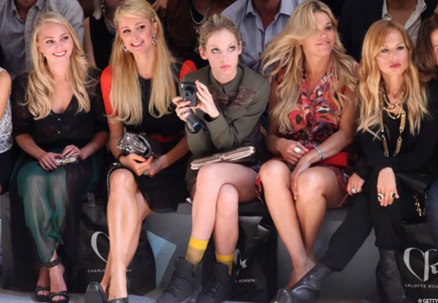 Paris Hilton et ses copines sur le front row du défilé Charlotte Ronson SS13 Show