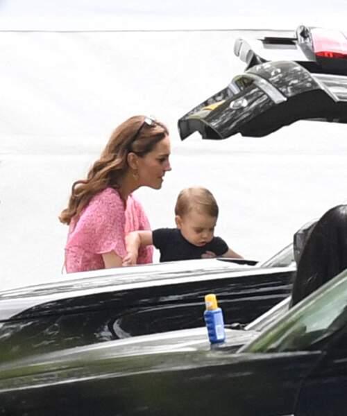 Kate Middleton, mère attentive de son petit dernier Louis