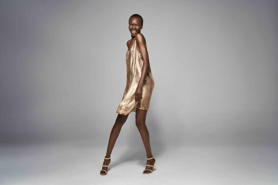La top sud-soudanaise Alek Wek illumine la collection exclusive The Outnet pour l'anniversaire de la maison.