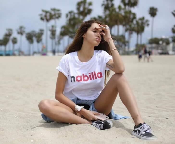 Nabilla affiche sa nouvelle marque