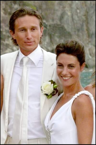Alessandra Sublet et Thomas Volpi prennent la pose après leur union