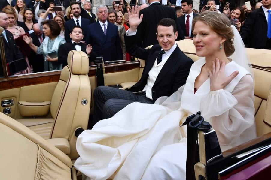 Philip de Serbie et Danica Marinkovic (dans une robe Roksanda Ilincic) s'unissent à Belgrade le 7 octobre 2017