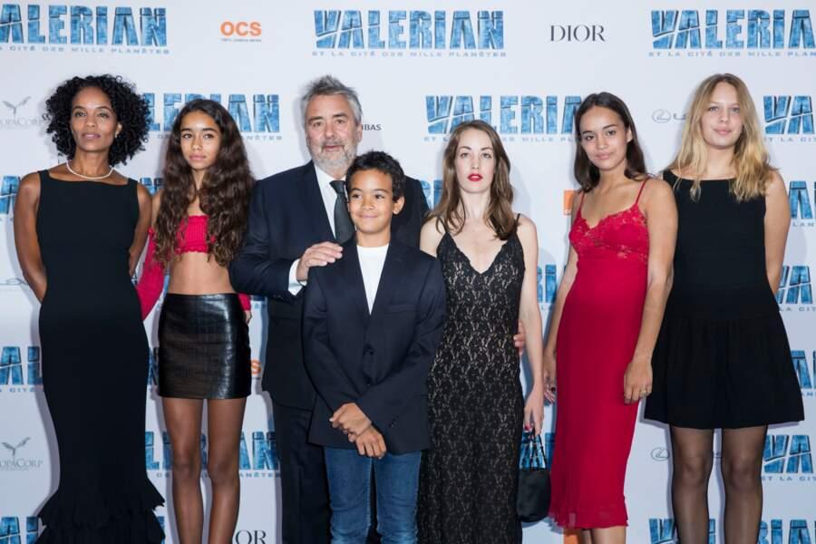 Le réalisateur était avec sa épouse et ses filles, toutes plus belles les unes que les autres