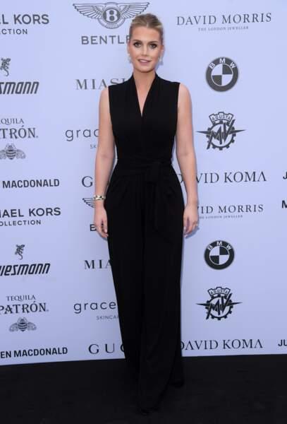 Pour l'occasion, Kitty Spencer portait une combinaison noire signée Michael Kors