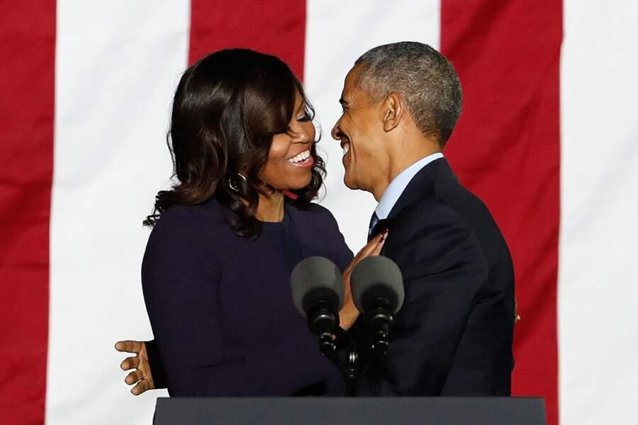 Barack et Michelle Obama toujours aussi amoureux