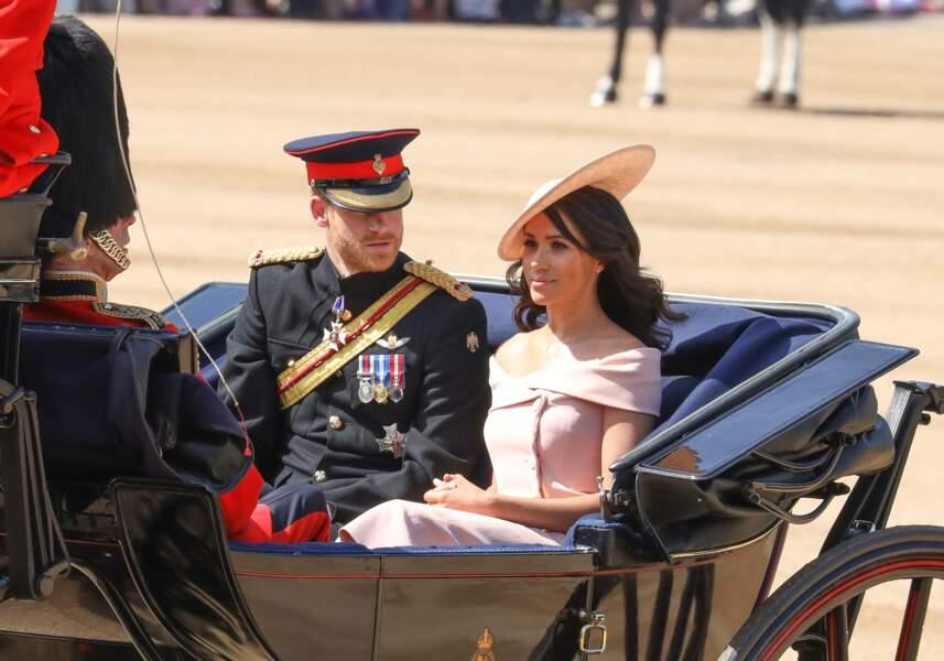 Meghan Markle et le prince Harry, très élégants pour les célébrations de l'anniversaire du souverain britannique