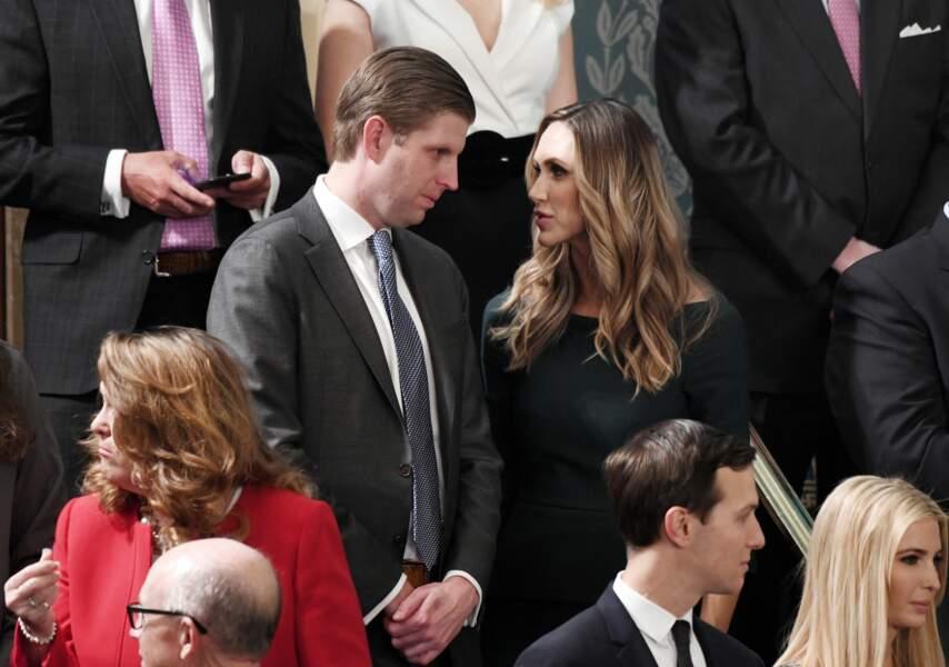 """Derrière la """"First daughter"""", son frère Eric Trump et l'épouse de celui-ci, Lara."""