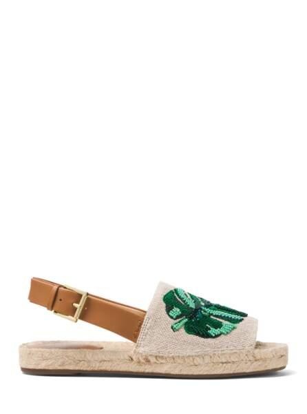 Sandale en toile brodée, cuir et semelle de corde, 165 € (Michael Kors).