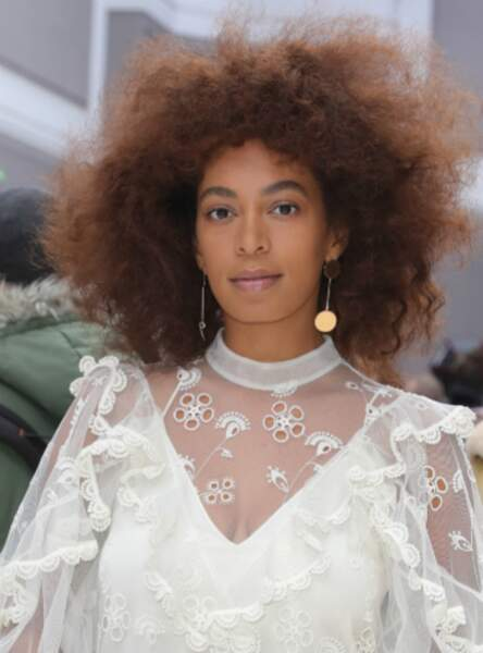Le nappy hair comme Solange Knowles