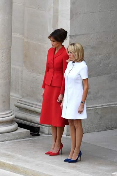 Brigitte Macron et Melania Trump lors de la cérémonie aux Invalides le 13 juillet à Paris