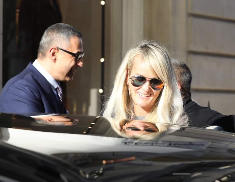 Laeticia Hallyday a rendu visite à son avocat dans son bureau de l'avenue Montaigne