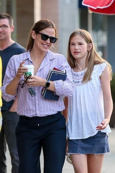 Jennifer Garner a été aperçue avec sa fille Violet en plein shopping