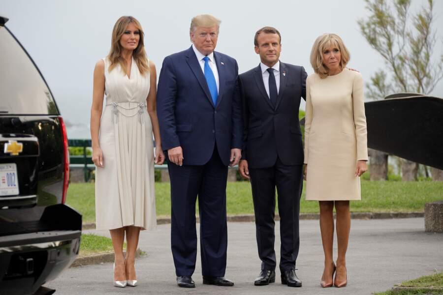 Brigitte Macron et Melania Trump ont aussi posé avec leurs maris dans le cadre du G7
