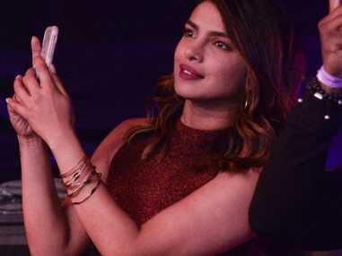 Priyanka Chopra : La meilleure amie de Meghan Markle aux premières loges pour soutenir son chéri Nick Jonas en concert