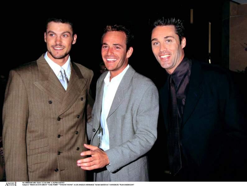 Brian Austin Green, Luke Perry et Vincent Young à Los Angeles en 1998