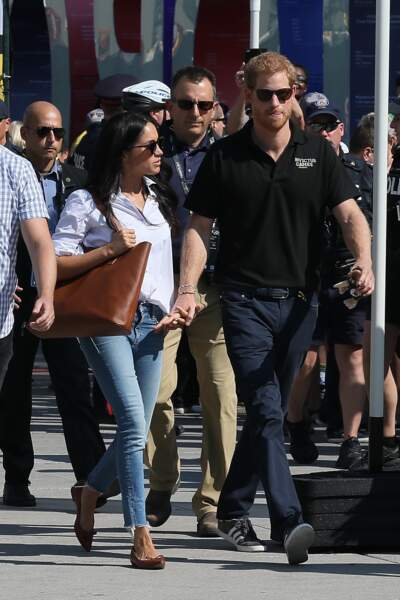 Meghan Markle, en jean Mother, assiste aux Invictus Games avec Harry le 25 septembre 2017 à Toronto