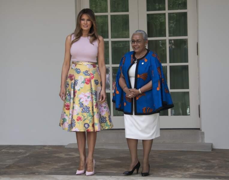 Melania Trump avec un look très lumineux, et Margaret Kenyatta, la femme du président de la république du Kenya