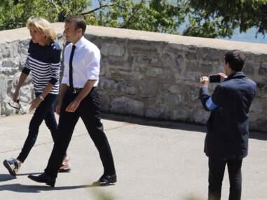 PHOTOS - Brigitte Macron pour la première fois en baskets au G7 !