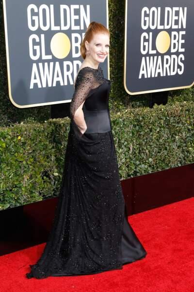 Jessica Chastain en robe corset Burberry, sur le tapis rouge des Golden Globes, le 6 janvier 2019 à Los Angeles