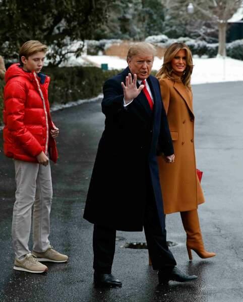 Le couple Trump et son fils ont décidé de passer le weekend dans leur complexe de Mar-a-Lago