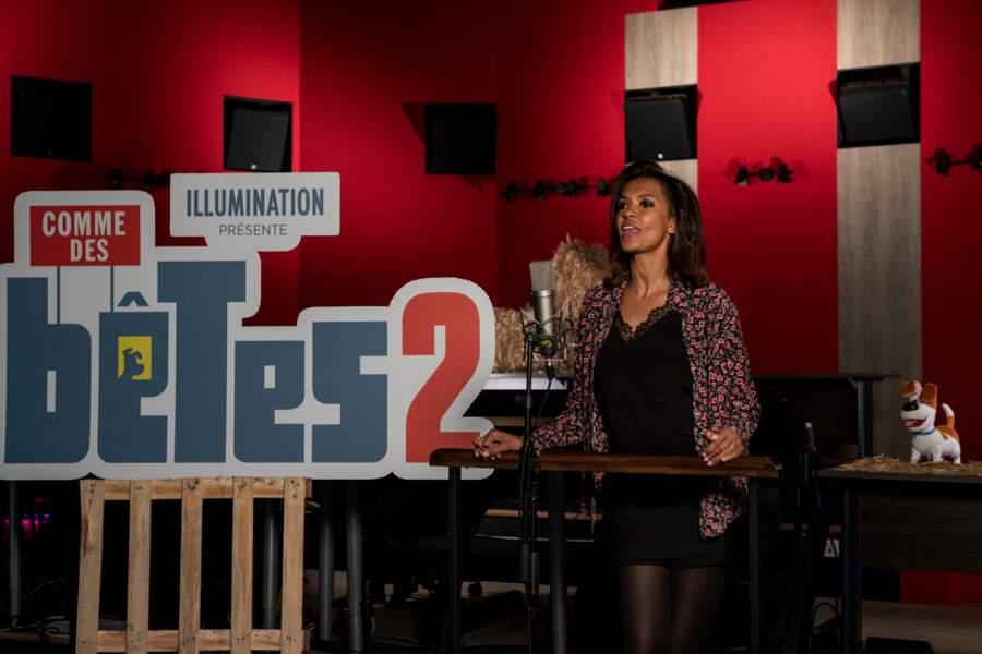 """Karine Le Marchand lors de la séance de doublage du film d'animamation """"Comme des Bêtes 2"""", sorti en 2019"""