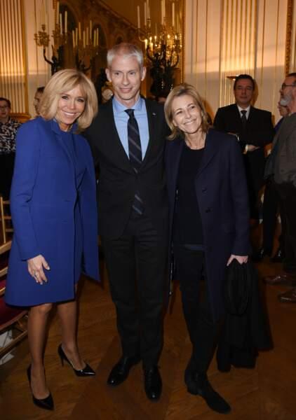 Brigitte Macron, Franck Riester et Claire Chazal pour la remise de la légion d'honneur à Olivier Py