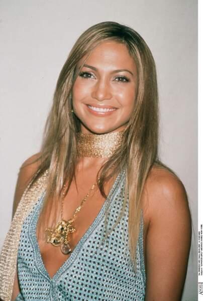 2000 : Jennifer Lopez adopte la tendance Abba des années 70