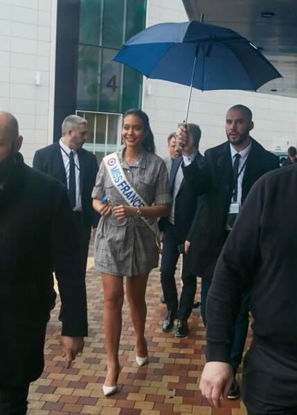 Vaimalama Chaves, Miss France 2019, est arrivée sous la pluie à Trélissac ce samedi 9 mars