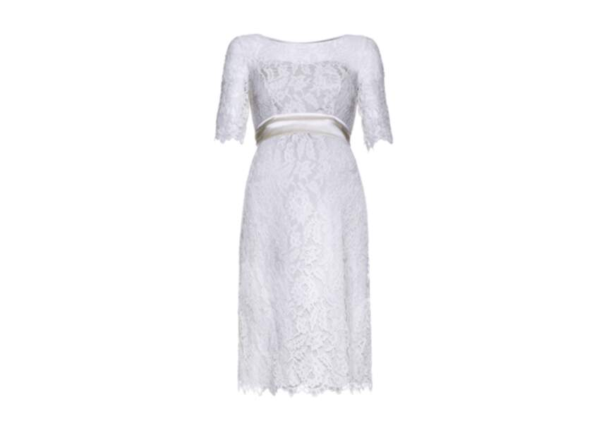 Robe dentelle Seraphine – 245€