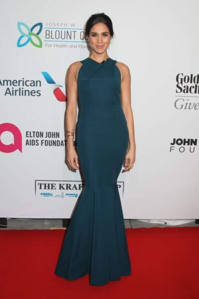 La robe vert émeraude, également adoptée par Meghan Markle lors d'une soirée caritative contre le sida en 2014