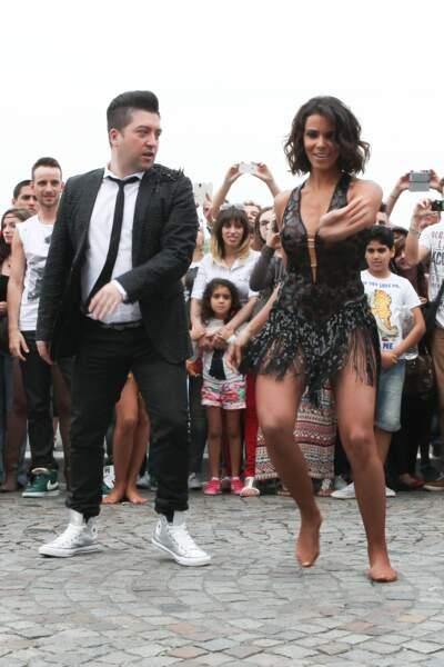 Le flashmob élégant de Shy'm en 2012