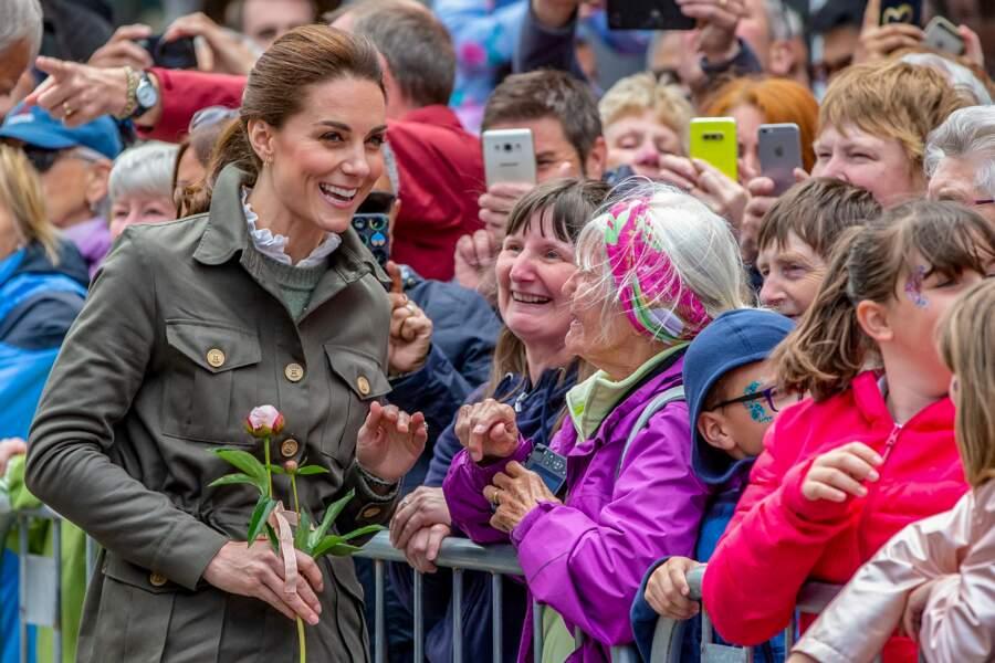 Kate Middleton en a profité pour échanger avec la population locale le 11 juin à Keswick.