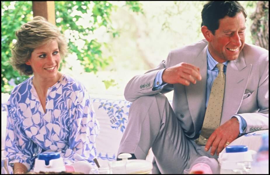 La princesse Lady Diana et le prince Charles lors d'un voyage à Abu Dhabi en 1989