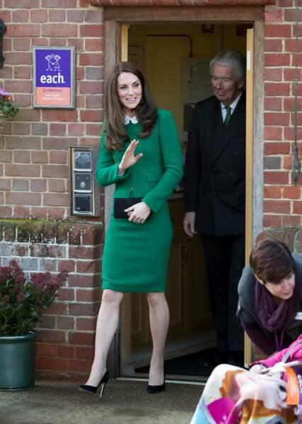 Adieu les robes au dessus des genoux, la duchesse a rallongé les ourlets de ses tenues