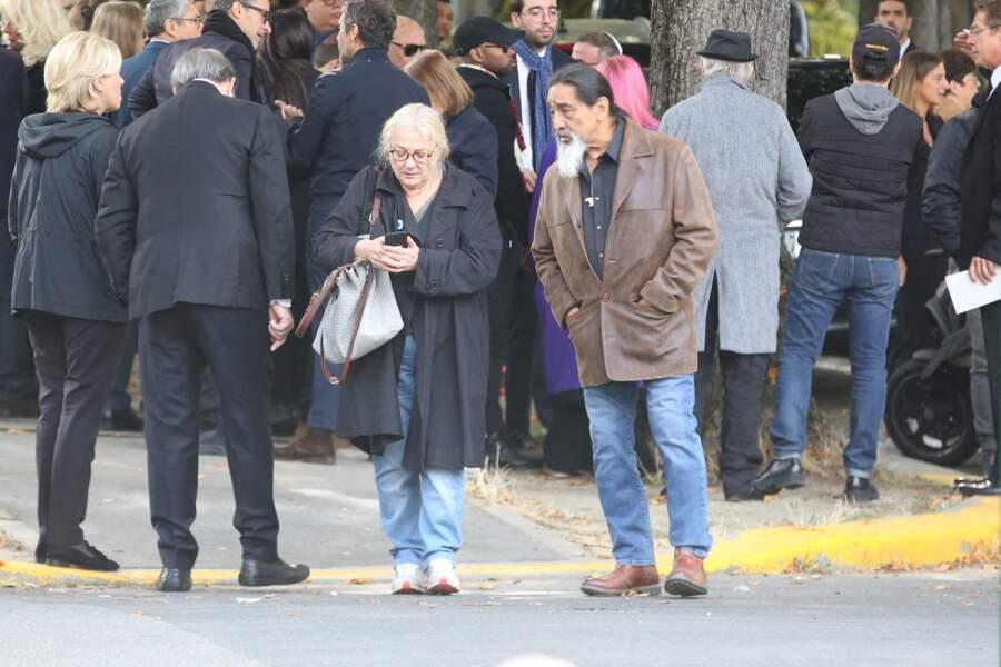 Josiane Balasko et son mari George Aguilar aux obsèques de son ex-mari, Philippe Berry au cimetière de Pantin, le 9