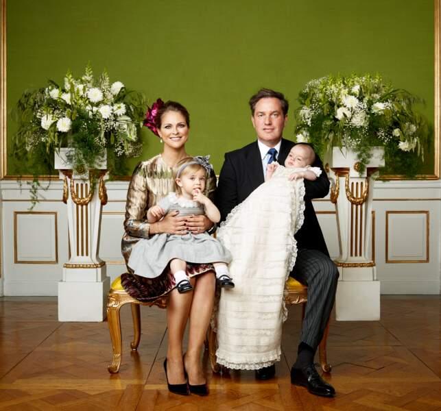 Madeleine de Suède et Christopher O'Neill avec leur fille Leonore lors du baptême de Nicolas, 11 octobre 2015