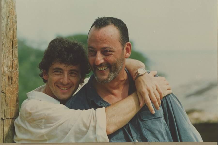 """Patrick Bruel et Jean Réno sur le tournage du film """"Le Jaguar"""" de Francis Veber en 1996"""