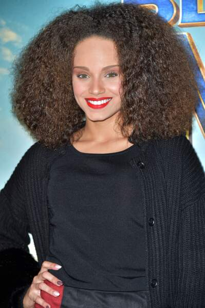 Alicia Aylies est une adepte du nappy hair.