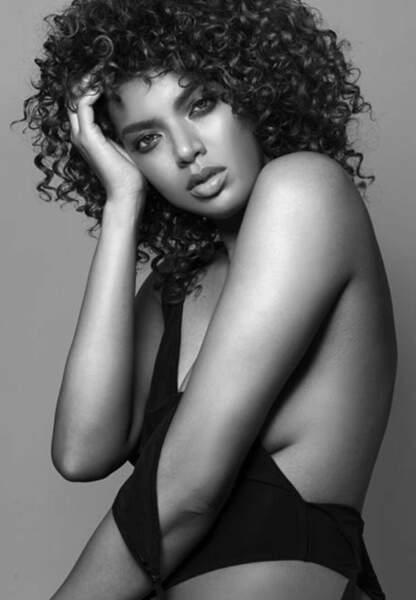 Saffi Karina, passée de modèle  classique à mannequin grande taille
