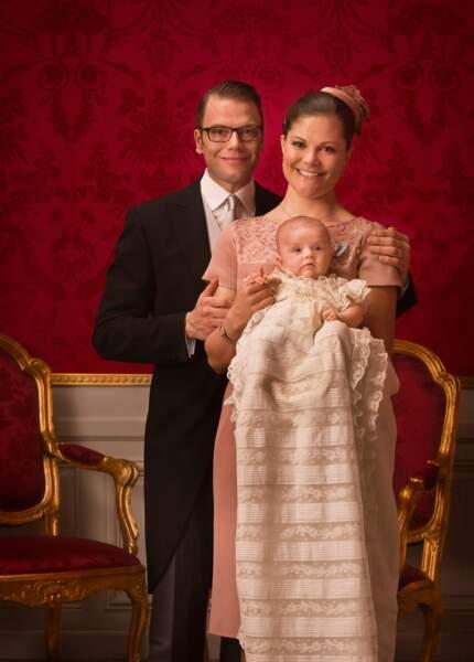 Photo officielle du baptême de la princesse Estelle de Suède le 22 mai 2012 à Stockholm