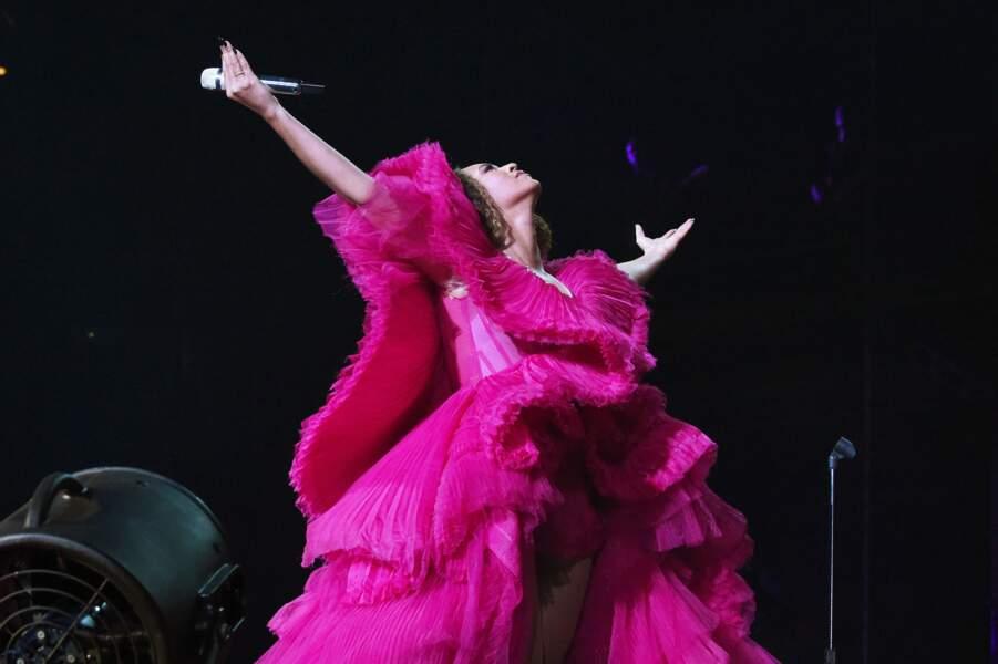 Tout en rose et en volants Ashi Studio pour une Beyonce plus impériale que jamais