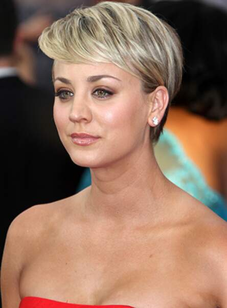 Le blond chic de Kaley Cuoco
