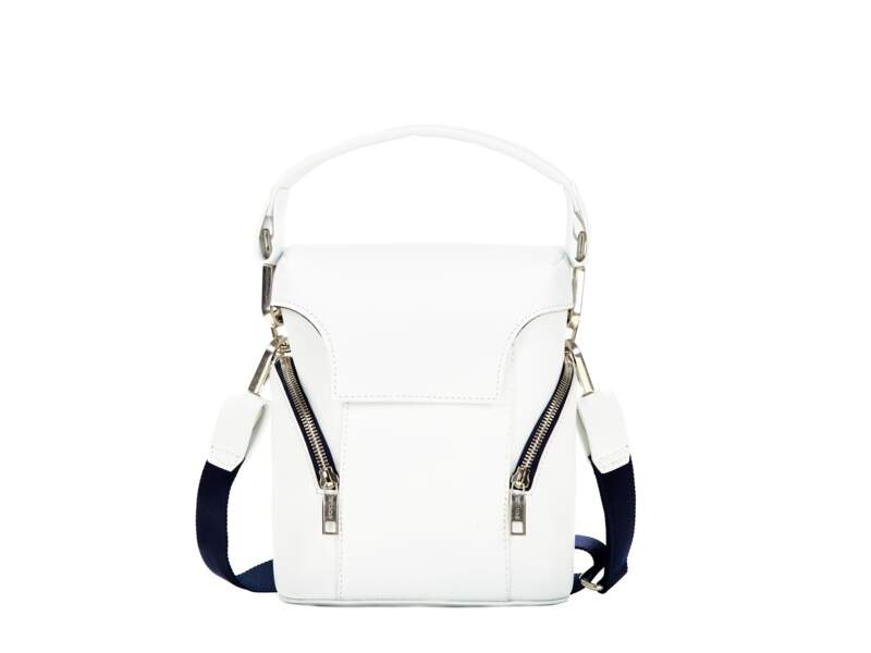 Sporty, mini sac à zips, 675 € (Sportmax).