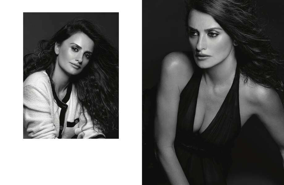 Elegante et douce, Penelope Cruz prend la pose devant l'objectif de Karl Lagerfeld pour Chanel.