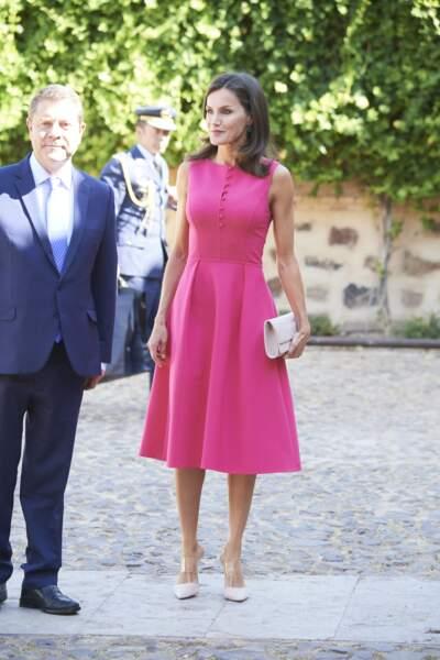Pour cette journée, Letizia d'Espagne a misé sur un look chic et glamour