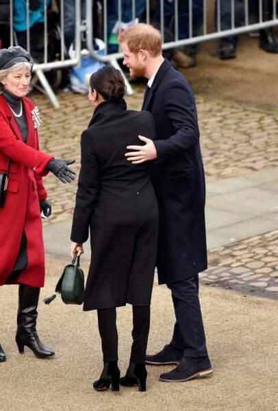 Le prince Harry et Meghan Markle en noir tous les deux