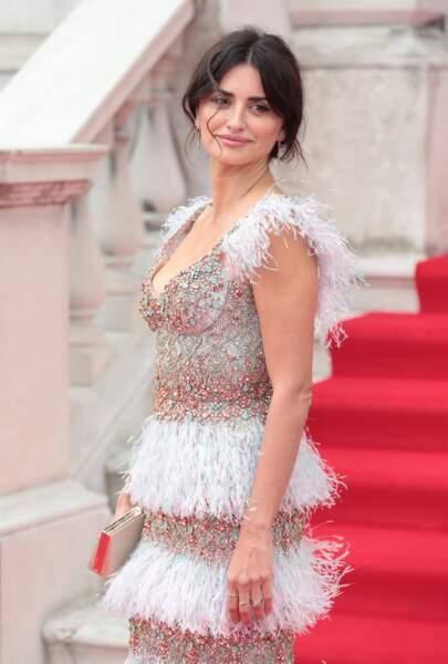 À cette occasion, Penelope Cruz a opté pour un look chic et glamour
