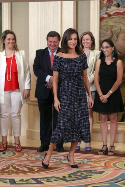 La robe en tweet de Letizia d'Espagne rappelle certains des looks déjà portés par Kate Middleton