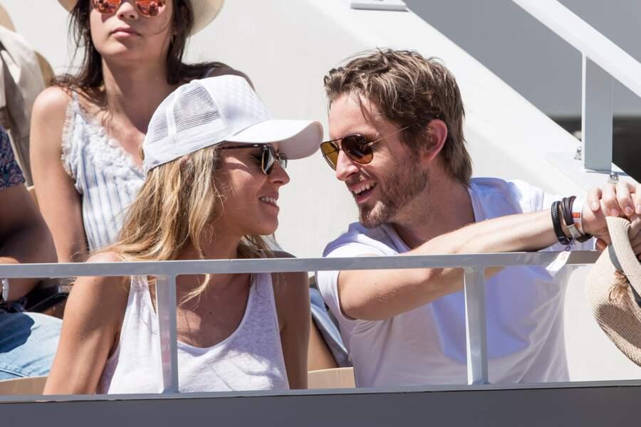 Elodie Fontan et Philippe Lacheau vivent leur amour au grand jour
